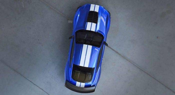 Ford показал тизер нового Mustang Shelby GT-500