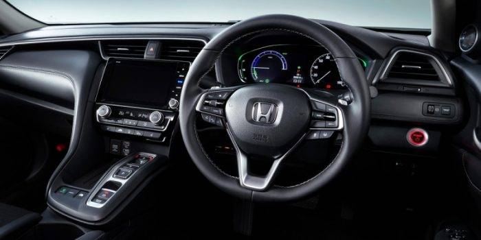 Седан Honda Insight для Японии дистанцировался от американского